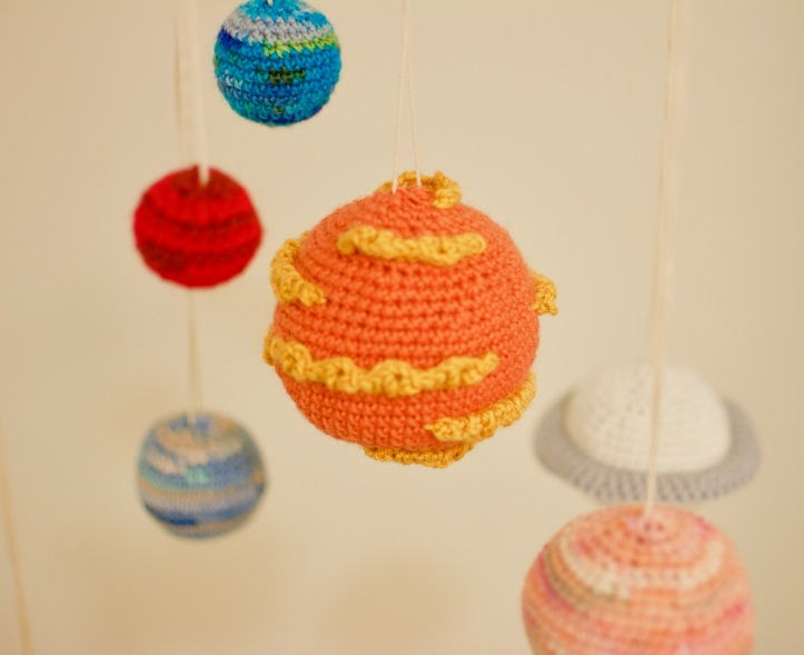 Solar System Mobile – knot and knit